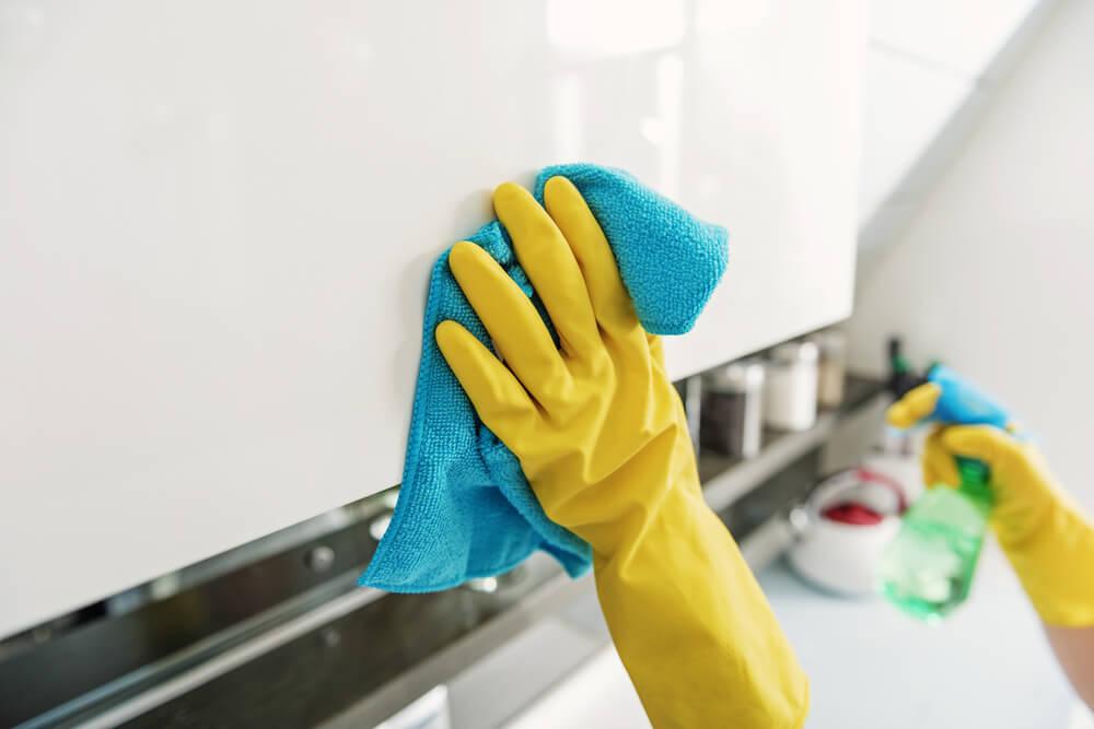 dicas de como limpar armário de cozinha